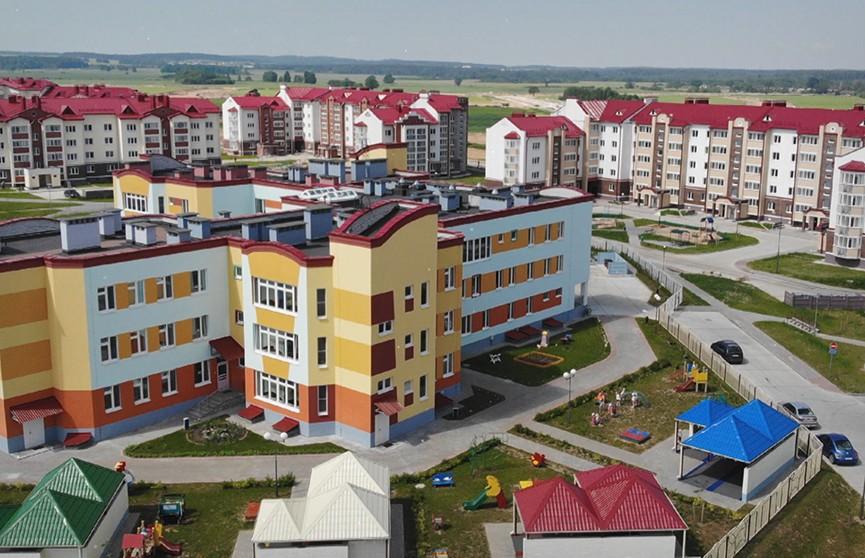 Новое жилье, больница, развитая инфраструктура. Как изменился Островец благодаря БелАЭС? (+видео)