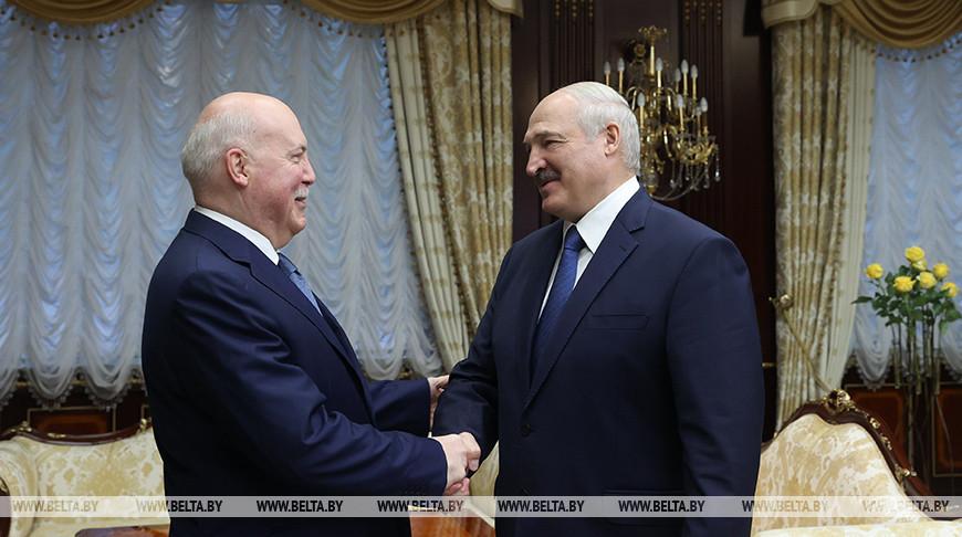 Александр Лукашенко: Беларусь и Россия значительно продвинулись в решении накопившихся проблем и задач
