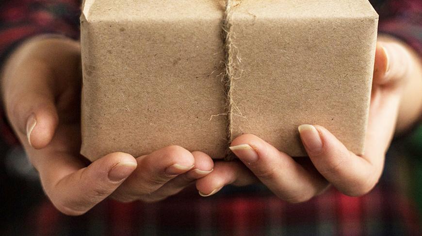 В Беларуси снижена таможенная пошлина за превышение лимитов на посылки из-за границы