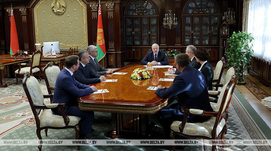 Александр Лукашенко высказался о высшем образовании, утечке умов за границу и патриотизме в медицине