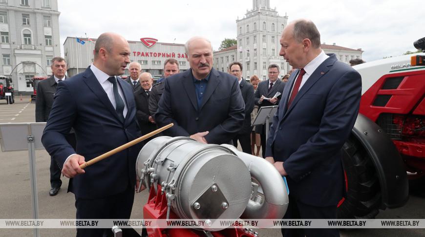 Александр Лукашенко о работе предприятий: на богатом Западе уже дикая безработица, слава богу, что мы этого избежали