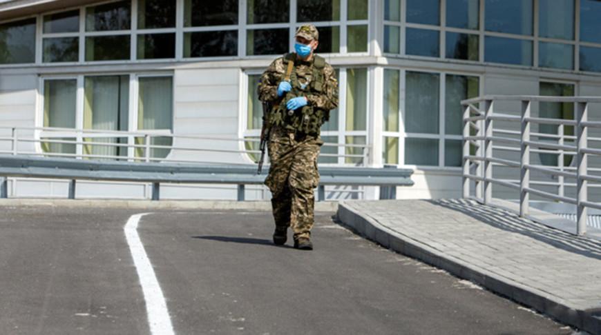 Украина запретила въезд иностранцам из-за коронавируса