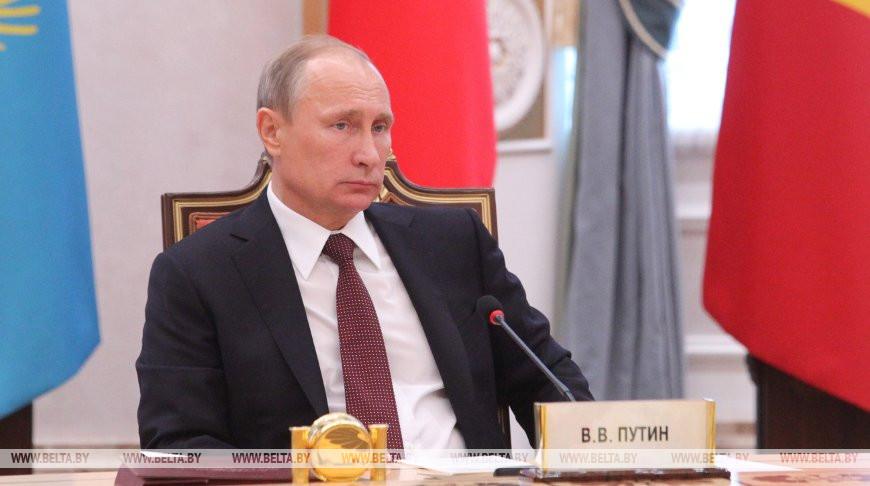 Александр Лукашенко поздравил Президента России Владимира Путина с днем рождения
