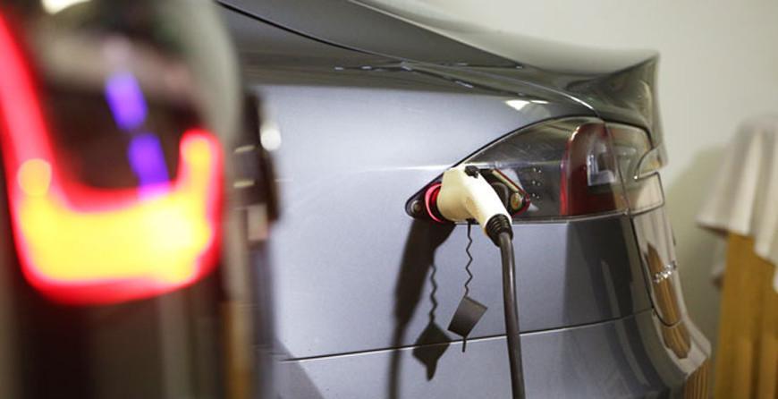 МНС: электромобили освобождены от транспортного налога до конца 2025 года