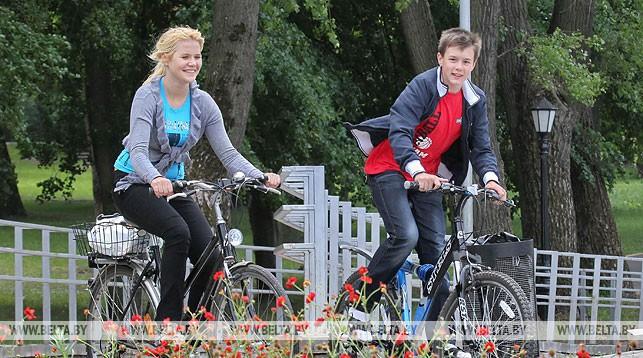 МВД предлагает обсудить «правило двух полос» и разрешение велосипедистам не спешиваться на переходах