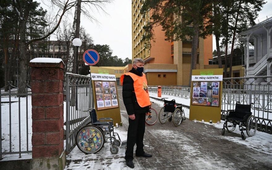 Несмотря на советы литовских властей, из почти четырехсот работников санатория Belorus в Друскининкае уволились лишь три человека