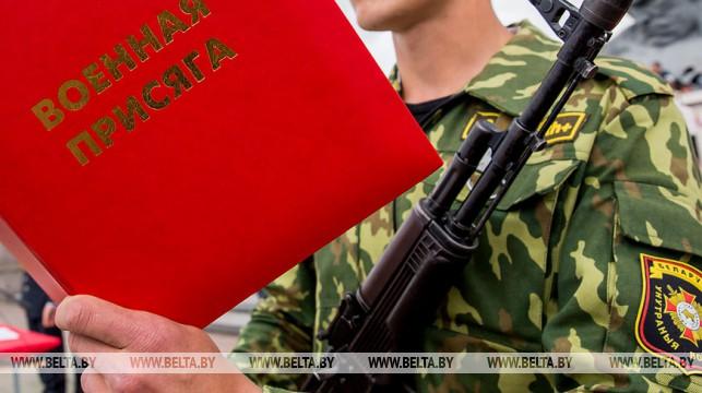 Александр Лукашенко подписал закон по вопросам службы в армии