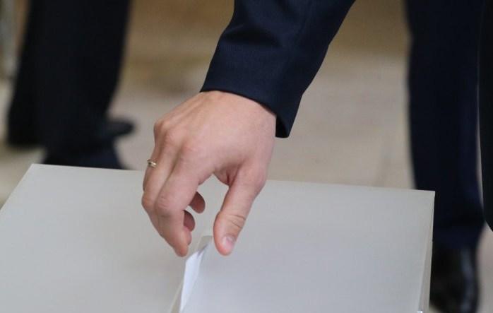 4 августа начинается досрочное голосование на выборах Президента Республики Беларусь. Как будет организован процесс на Гродненщине, рассказал председатель областной комиссии по выборам Президента Республики Беларусь Владимир Хлябич