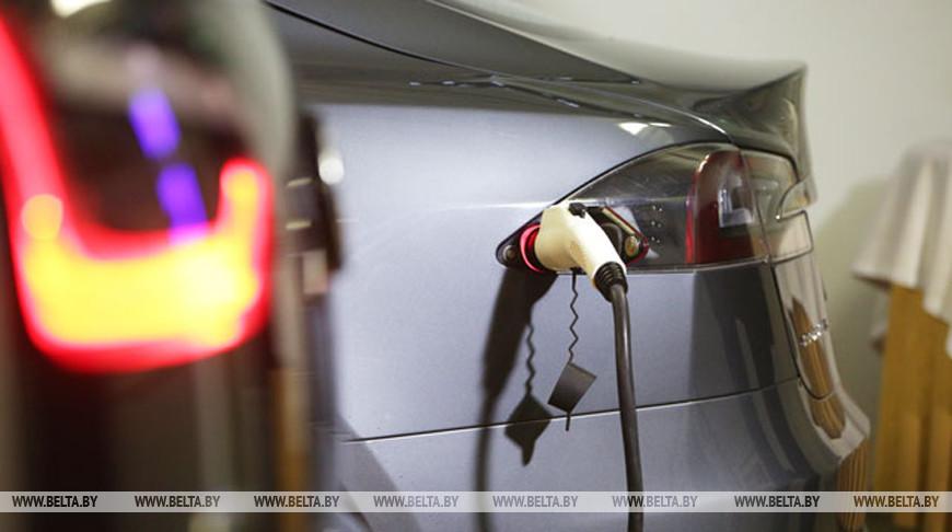 «Белоруснефть» планирует увеличить число электрозарядных станций до 500 в 2021 году