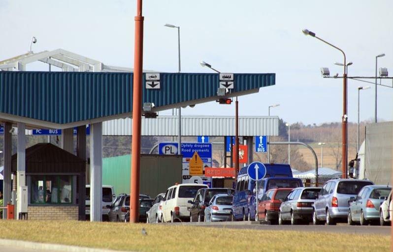 В пункте пропуска «Брузги» с сегодняшнего дня движение транспорта осуществляется по двум полосам