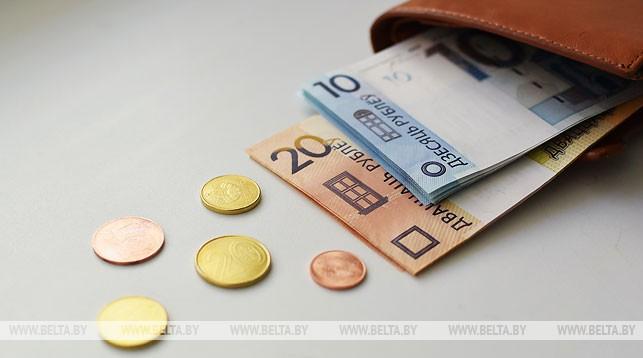Реальные денежные доходы белорусов в январе-мае выросли на 7,2%