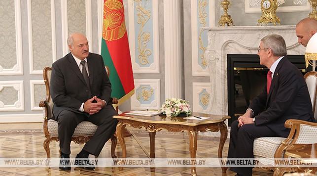 Александр Лукашенко встретился с президентом Международного олимпийского комитета