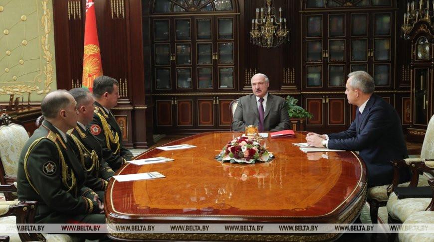 Александр Лукашенко назначил новых министра обороны и начальника Генштаба