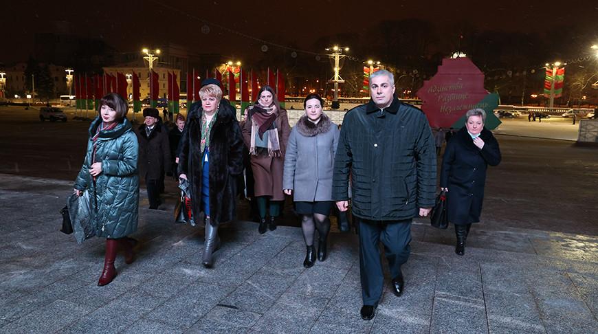 ФОТОФАКТ: Делегаты VI Всебелорусского народного собрания уже прибывают во Дворец Республики