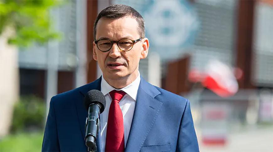 Вся Польша переходит в красную зону из-за всплеска COVID-19