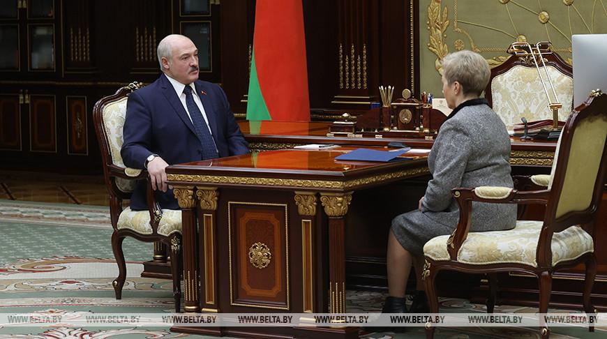 Александр Лукашенко о будущем Белгазпромбанка: сделаем все, чтобы он функционировал и приносил пользу