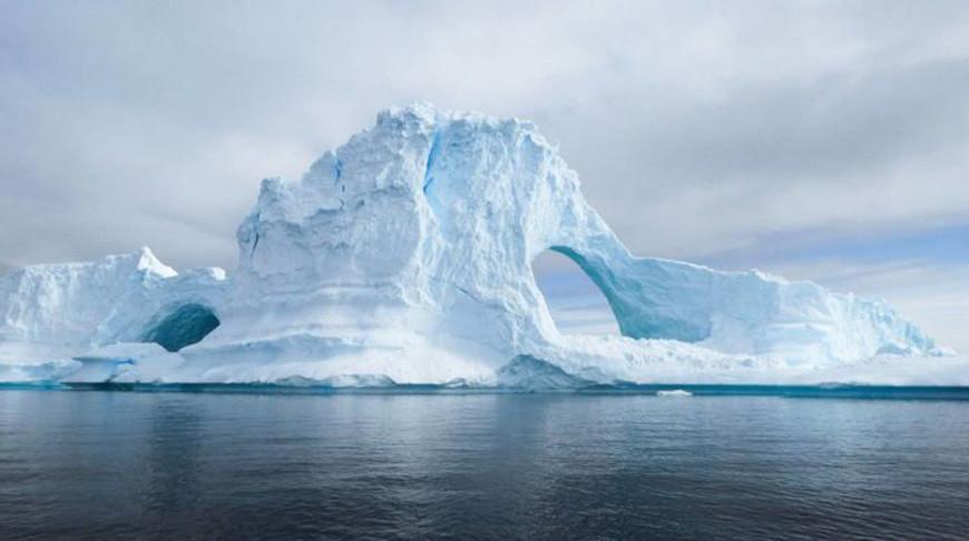Во льдах Антарктики впервые обнаружили пластик