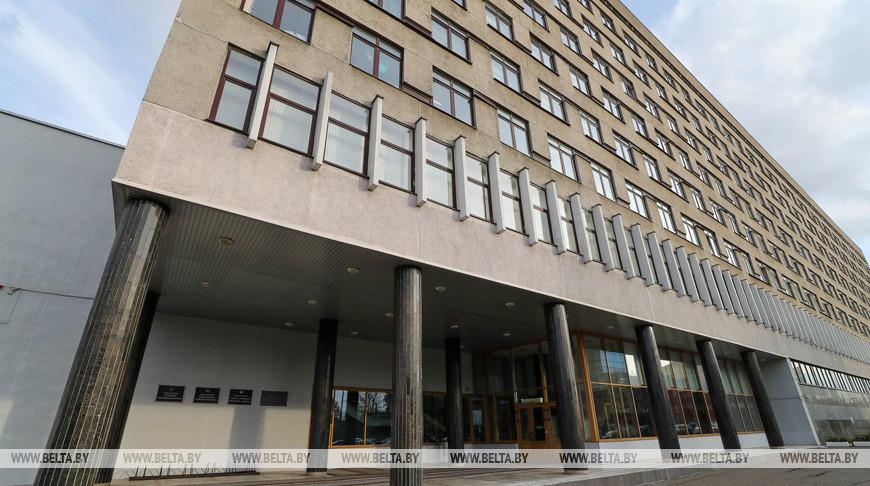 В Беларуси в стационарах находятся 394 человека с коронавирусом