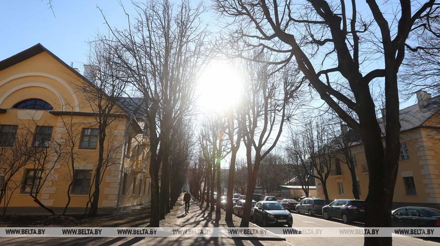 Мокрый снег с дождем и порывистый ветер ожидаются в Беларуси в выходные