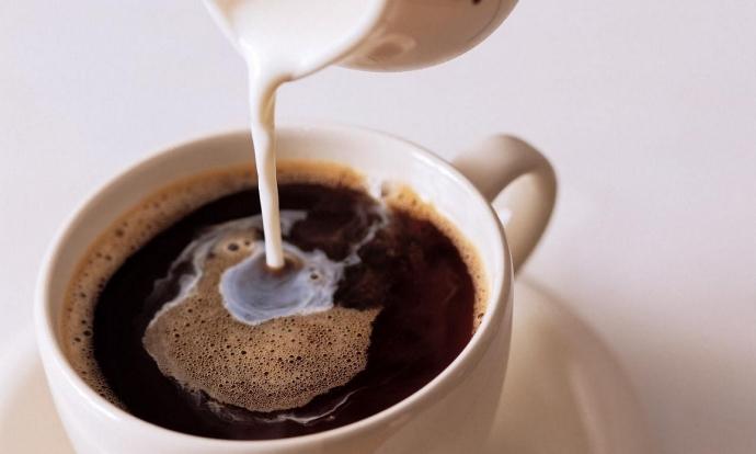 Названы самые опасные сочетания продуктов с молоком