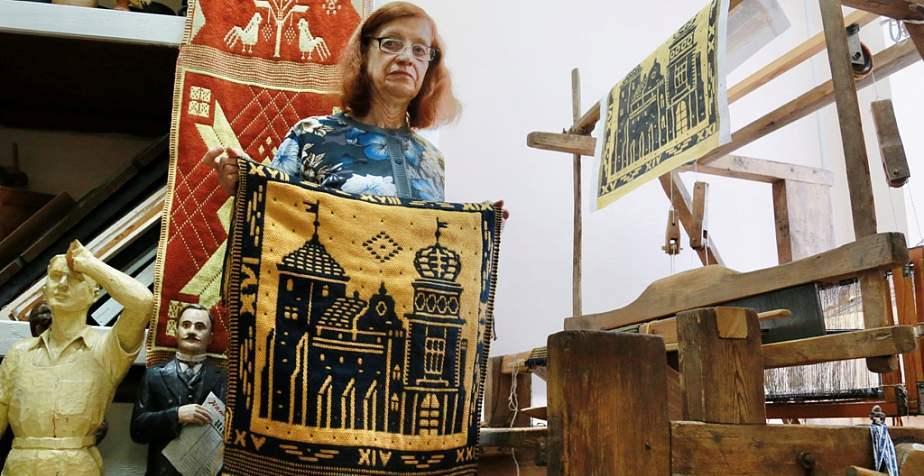 История, нарисованная нитью. Елена Шунейко, хранительница редкого ткацкого мастерства, – «Человек года Гродненщины» (+видео)