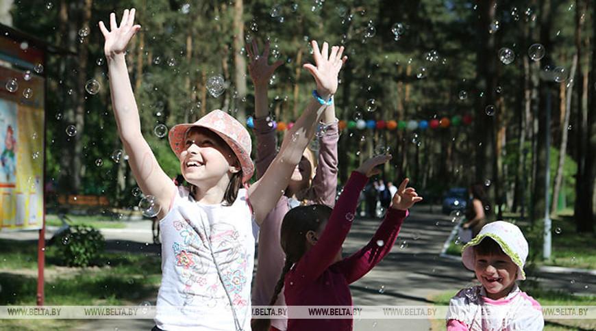 Около 200 тыс. детей планируется оздоровить в Беларуси нынешним летом