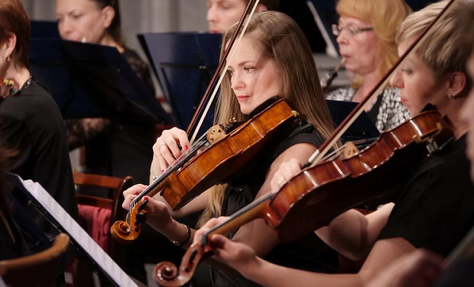 В сентябре Гродненская капелла откроет новый концертный сезон. Художественный руководитель и дирижер Владимир Бормотов рассказал о программе выступлений симфонического оркестра