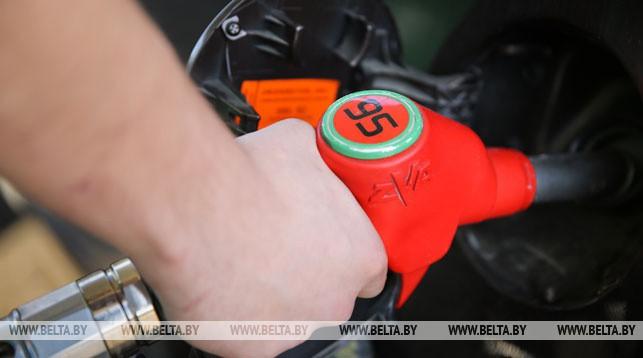 Топливо на АЗС в Беларуси с 5 мая дорожает на 1 копейку