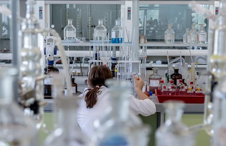 Минздрав: еще три положительных теста на коронавирус выявили в Беларуси, результаты перепроверят