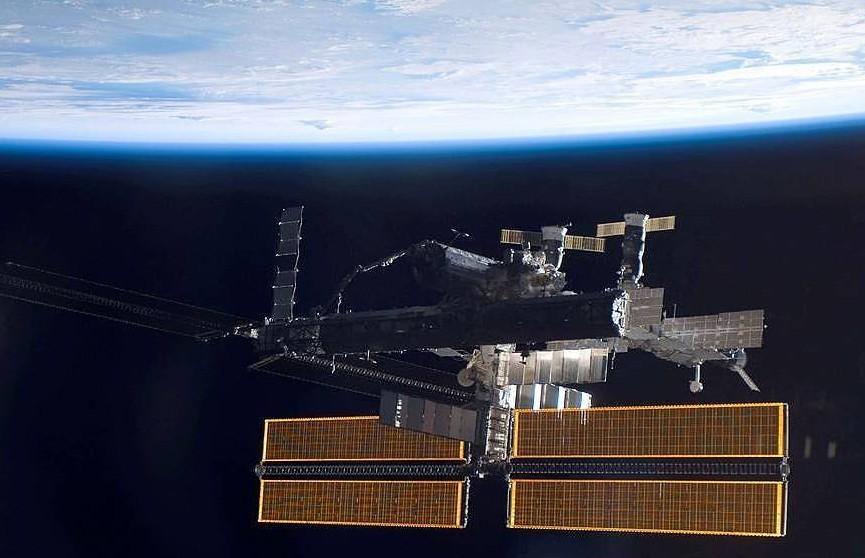 Два космических туриста полетят на МКС в конце 2021 года