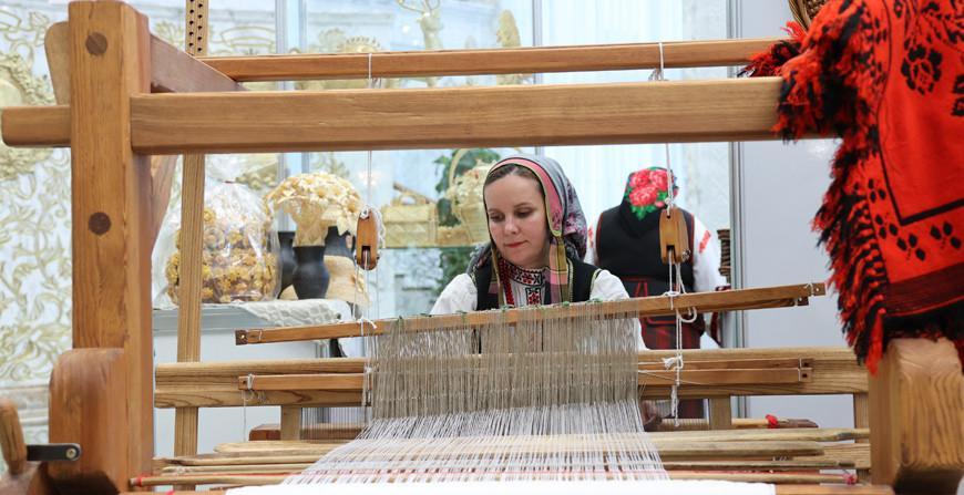 Выставка ко Дню народного единства открылась во Дворце Независимости Беларуси