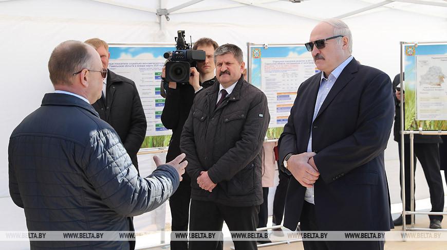 «Иного не дано» — Александр Лукашенко требует от регионов не просить деньги, а прорабатывать рынки