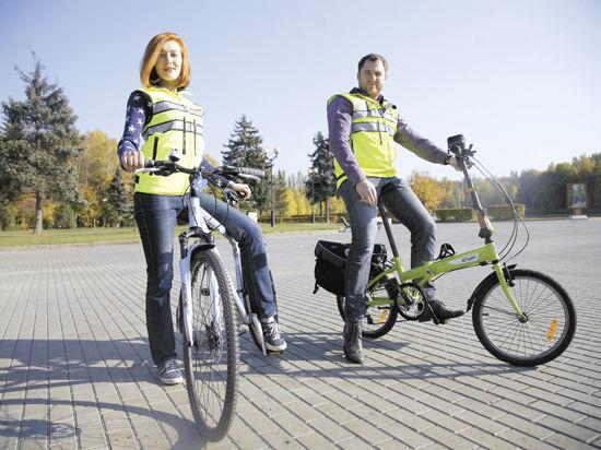 ГАИ предлагает разрешить велосипедистам не спешиваться на регулируемых пешеходных переходах
