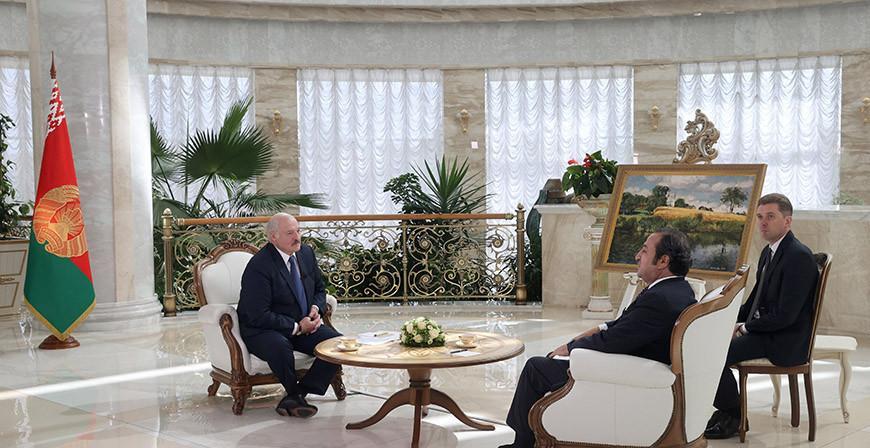 Александр Лукашенко о влиянии санкций: мы этого ожидали, готовились и спокойно развиваемся