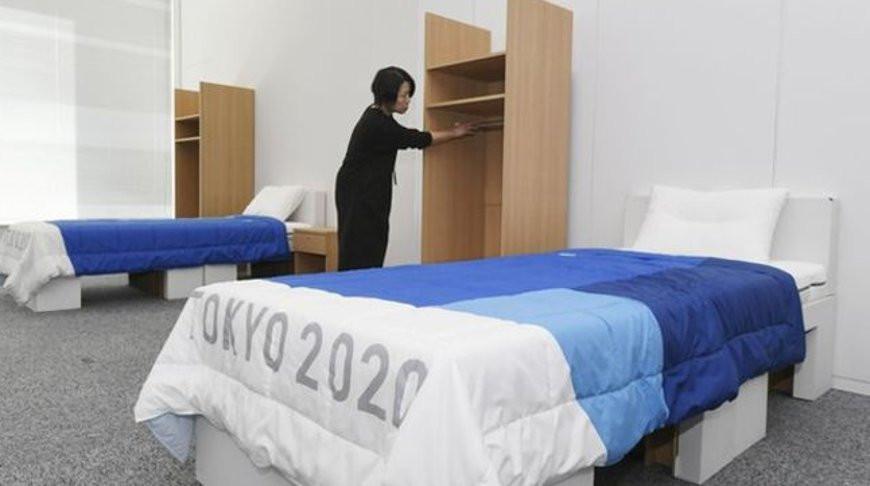 Спортсмены на ОИ-2020 в Токио будут спать на картонных кроватях