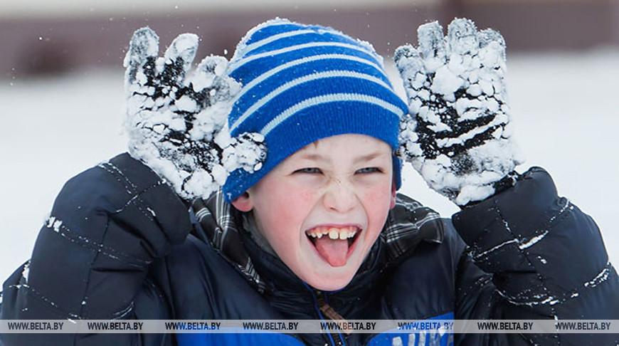 Около 70 тыс. детей отдохнут в школьных оздоровительных лагерях на зимних каникулах