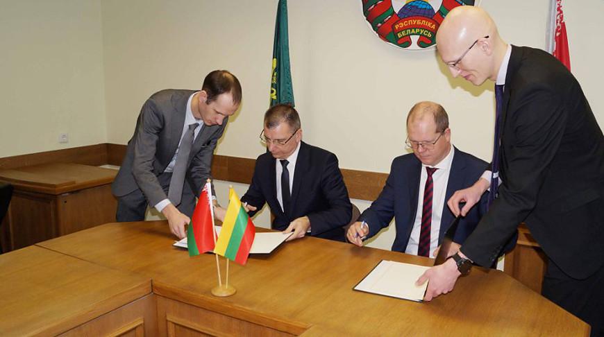 Пункт упрощенного пропуска «Видзы» на границе Литвы и Беларуси станет международным