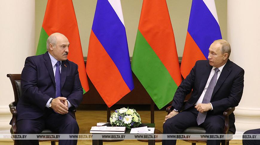 Александр Лукашенко и Владимир Путин по телефону обсудили ситуацию в Беларуси