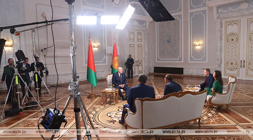 Интервью Александра Лукашенко российским журналистам | ТЕЛЕВЕРСИЯ