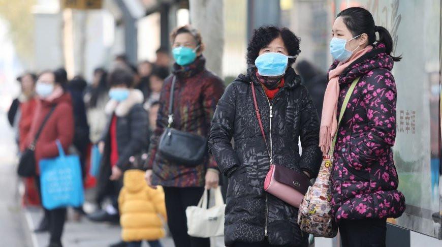 Власти Уханя запретили массовый выездной туризм из-за пневмонии