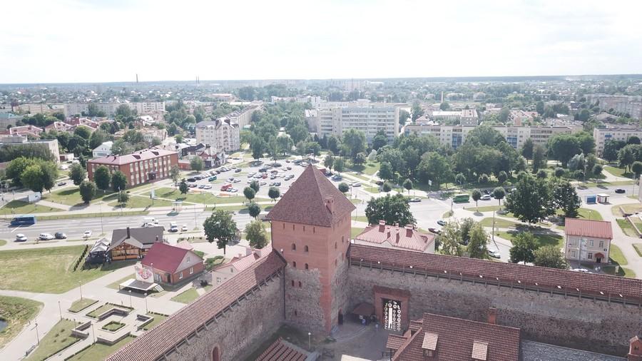 Панорама города с 25-метровой высоты, кирпич-пальчатка и покои князя. Юго-западная башня Лидского замка открыла двери