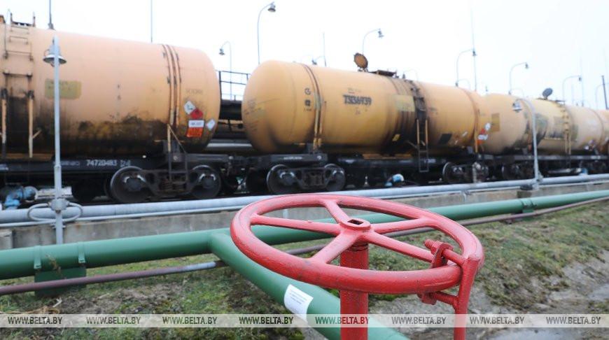 Саудовская нефть начнет сегодня поступать на «Нафтан»
