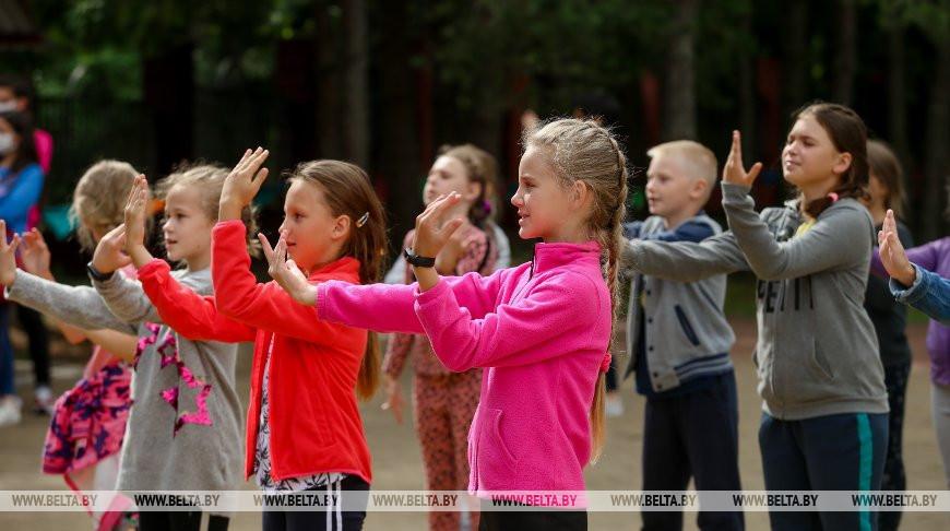 В летних лагерях Беларуси оздоравливаются 34,5 тыс. школьников
