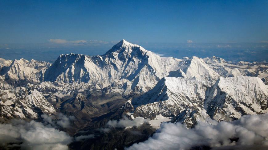 Эверест зацвел из-за глобального потепления