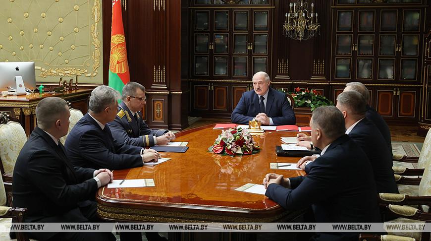 Александр Лукашенко: в Беларуси необходимо сохранить межрелигиозный и межконфессиональный мир