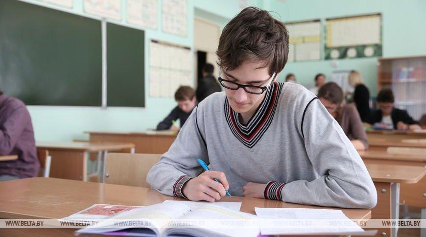 Игорь Карпенко: в Беларуси ни один школьник не остался без внимания
