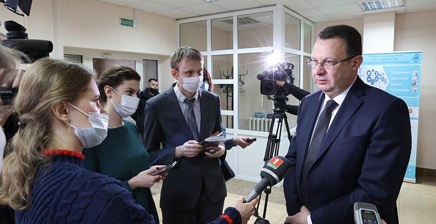 Дмитрий Пиневич о выявлении британского штамма коронавируса: не вижу причин для паники