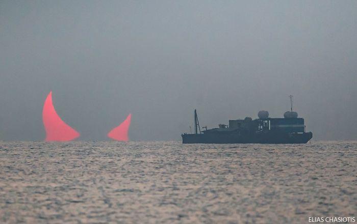 Солнечное затмение в Катаре сравнили с рогами дьявола