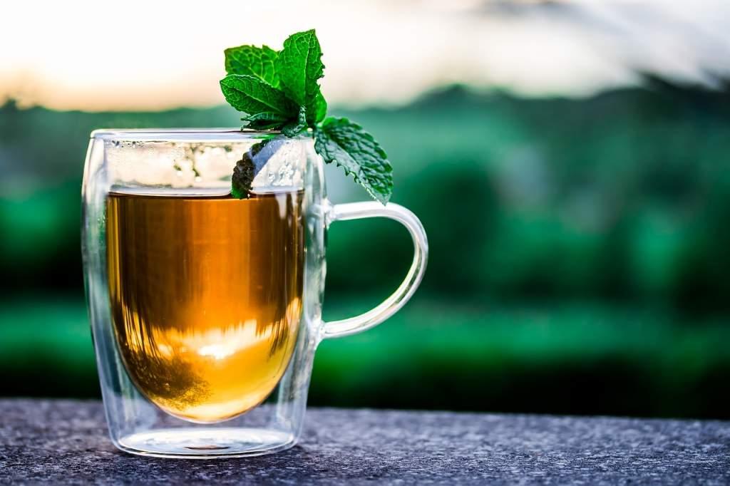 teacup-2325722_1280.jpg