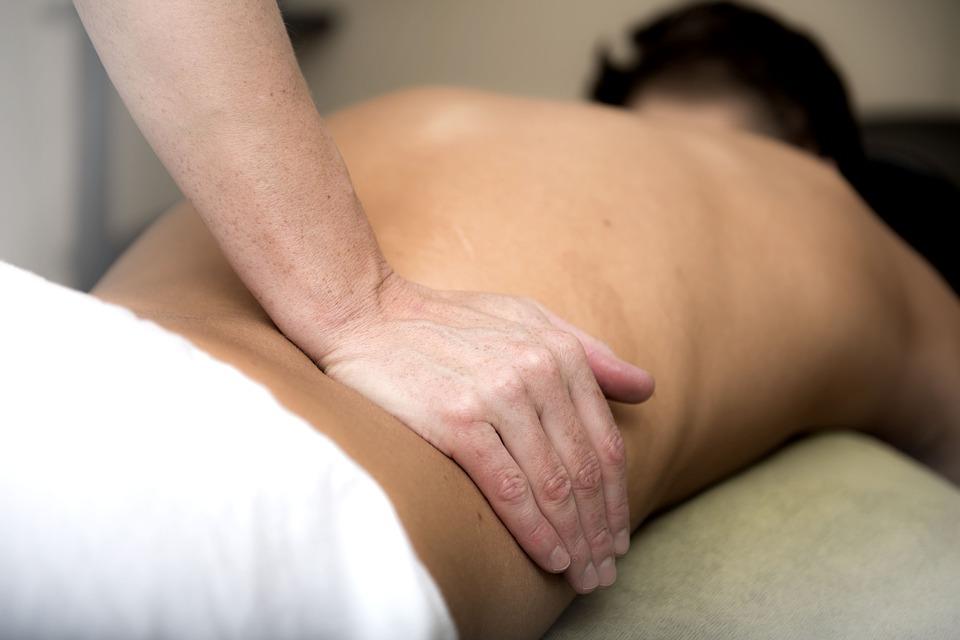 massage-3795692_960_720.jpg